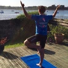 20 minutes de yoga pour les coureurs - YamYoga 2a7f8ebaa08